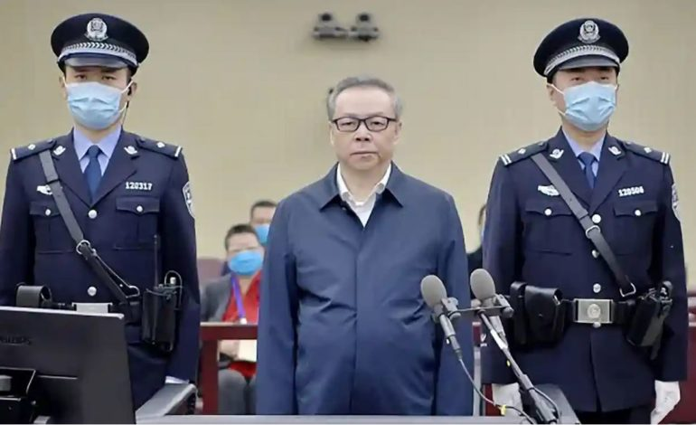 China Sentences Ex-Finance Chief to Death on Corruption