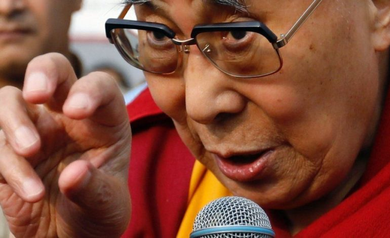Germany's Daimler issues 'full apology' to China over Dalai Lama