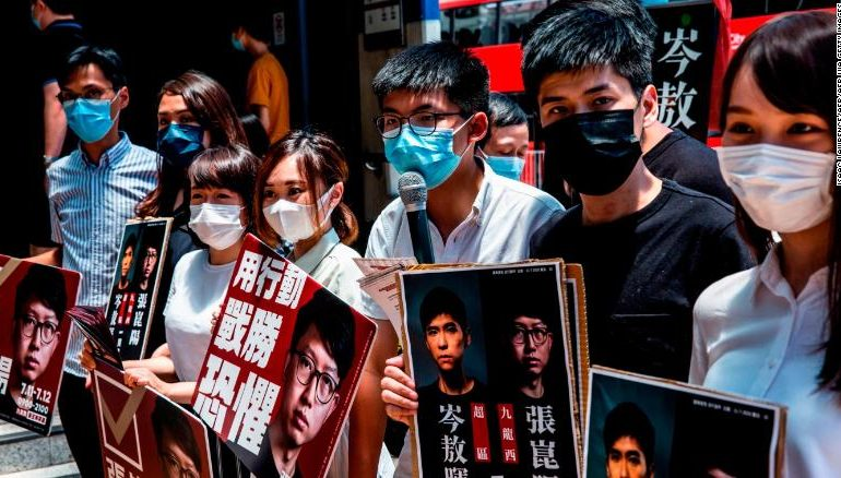 Hong Kong's new loyalty oath requires all lawmakers to love China — and the Communist Party